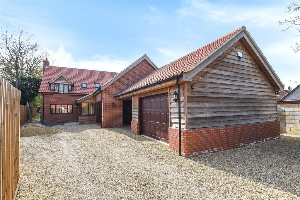 4 Bedrooms Detached House for sale in Dereham Road, Beeston, Norfolk