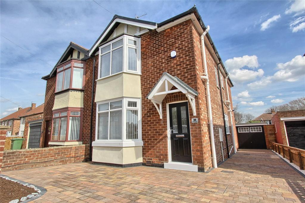 3 Bedrooms Semi Detached House for sale in Cambrian Road, Billingham