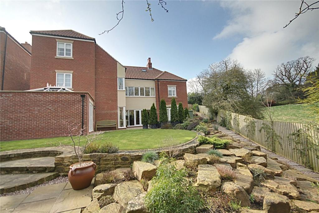 5 Bedrooms Detached House for sale in Leven Road, Yarm