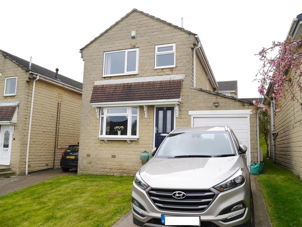 3 Bedrooms Detached House for sale in Stonecroft, Eccleshill, Bradford, BD2 2HW