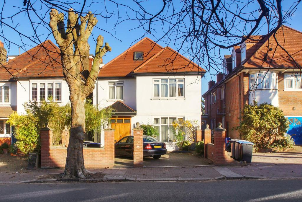 8 Bedrooms House for sale in Staverton Road, London