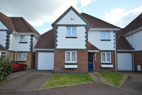 4 bedroom link detached house for sale - Priory Mews, Hornchurch, Essex, RM11