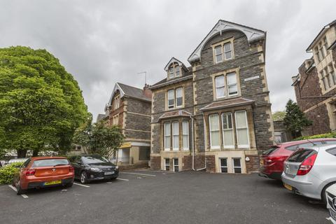 1 bedroom flat to rent - Queens Avenue, Clifton