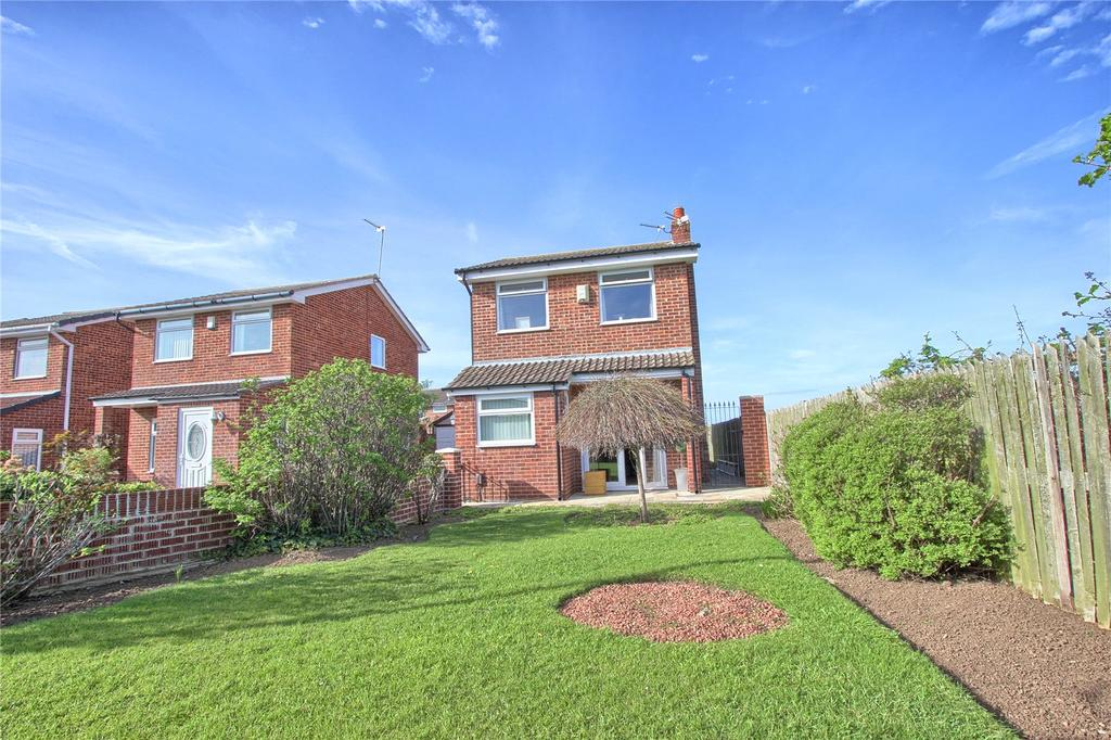 2 Bedrooms Detached House for sale in Wheatear Drive, Redcar