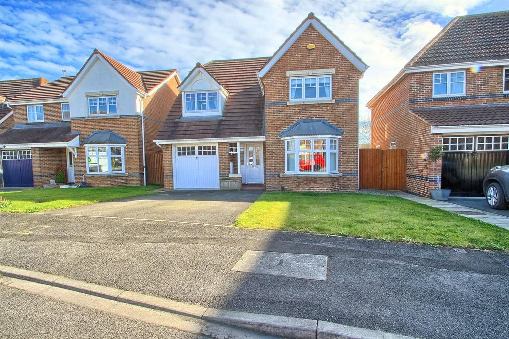 4 Bedrooms Detached House for sale in Saint Stephens Close, Norton