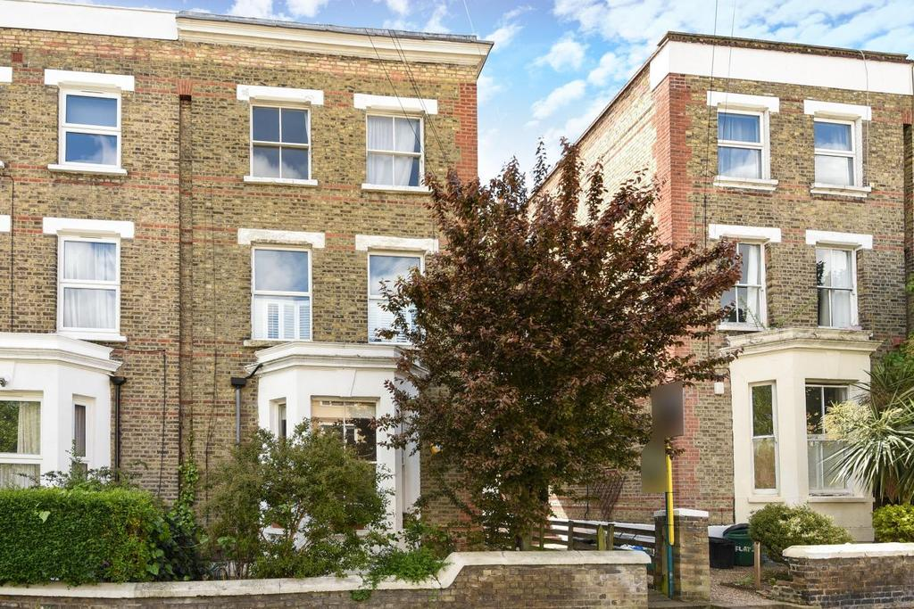 3 Bedrooms Flat for sale in Castledine Road, Anerley, SE20