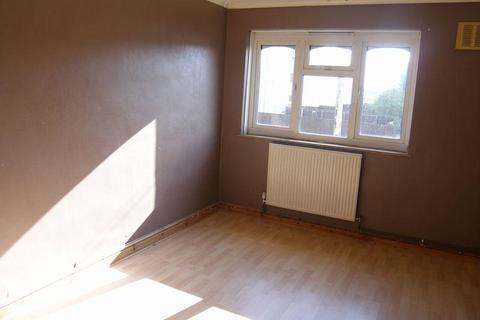3 bedroom flat to rent - 3 Bedroom flat to rent Kings Norton