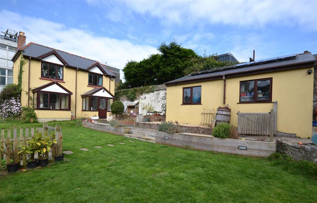 3 Bedrooms Cottage House for sale in Haverfordwest