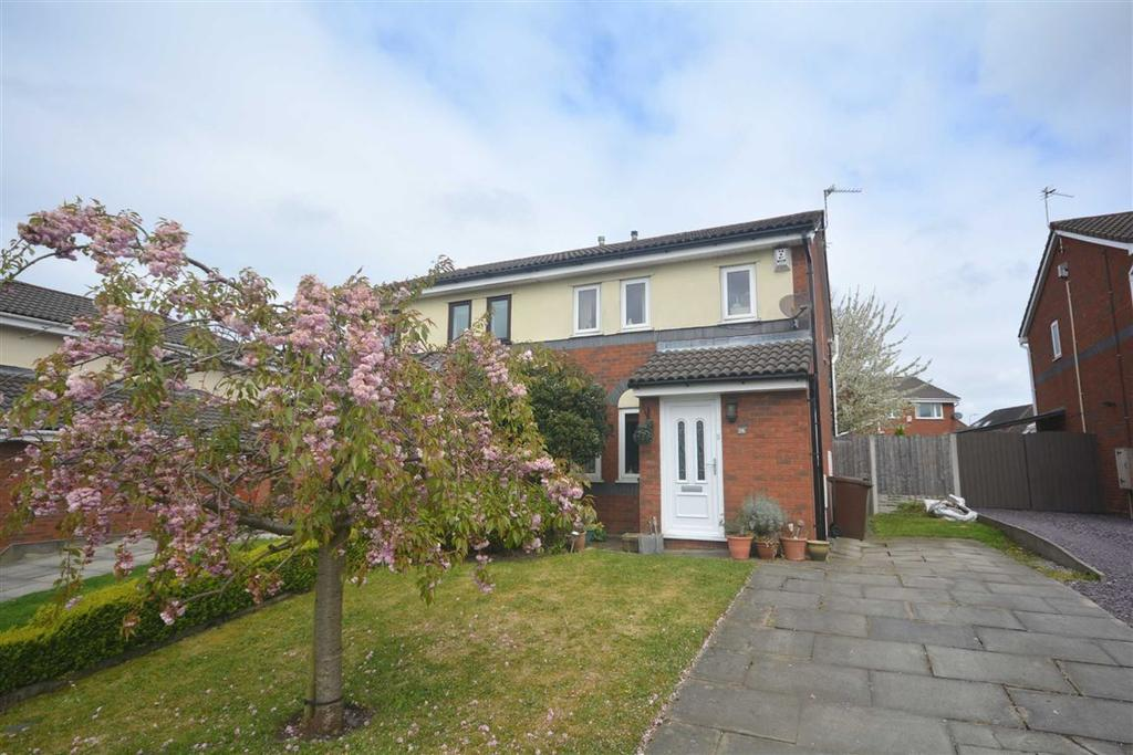 3 Bedrooms Semi Detached House for sale in Thistledown Close, Springfield, Wigan, WN6
