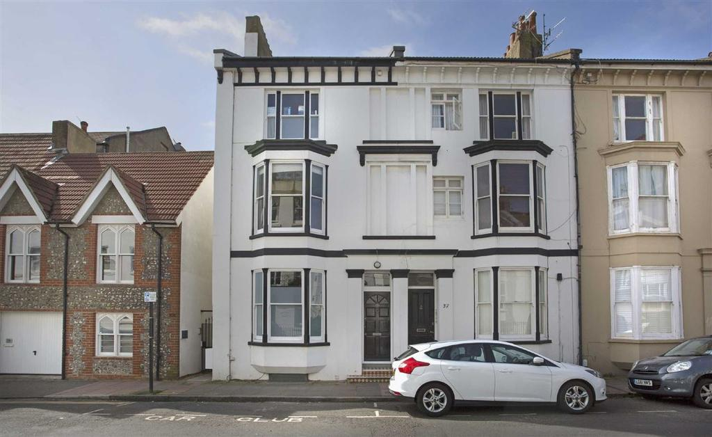 4 Bedrooms Semi Detached House for sale in Chesham Road, Brighton, East Sussex