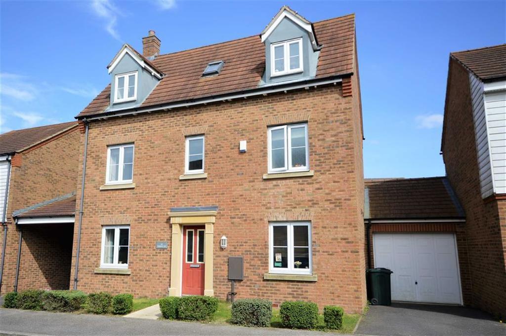4 Bedrooms Detached House for sale in Tunbridge Way, Singleton, Kent