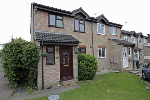 3 bedroom semi-detached house for sale - Kirk Place, Chelmer Village, CHELMSFORD, Essex