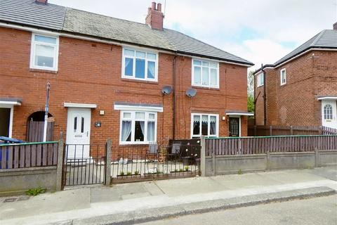 2 bedroom terraced house for sale - Stockwell Green, Walkergate, Newcastle, NE6