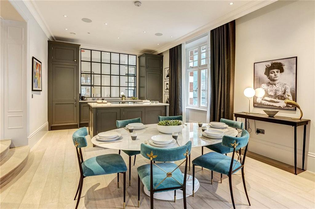 3 Bedrooms Flat for sale in Tavistock Street, Covent Garden, London, WC2E
