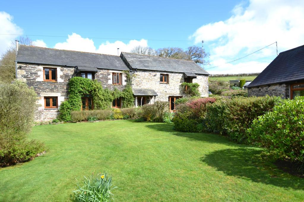 6 Bedrooms Detached House for sale in Two Waters Foot, Liskeard