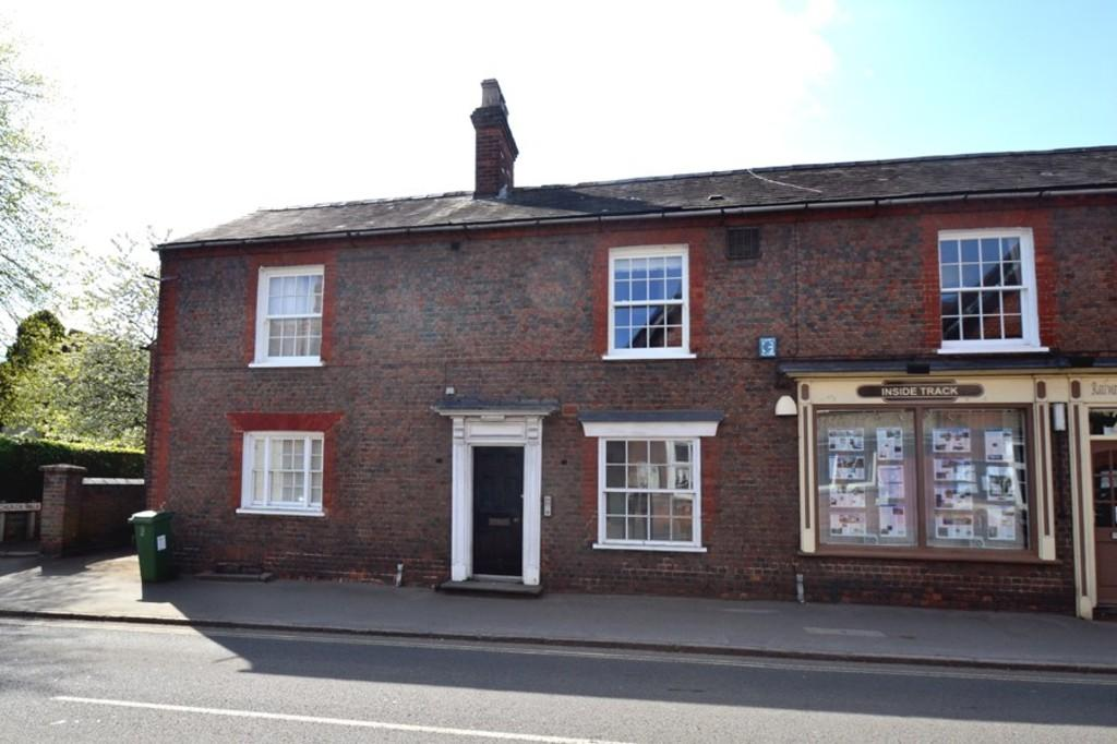 2 Bedrooms Apartment Flat for sale in High Street, Winslow, Buckingham