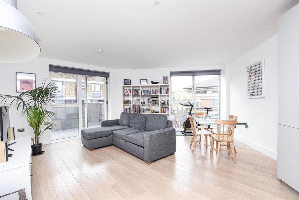 1 Bedroom Flat for sale in Stockwell Park Walk, Stockwell, SW9
