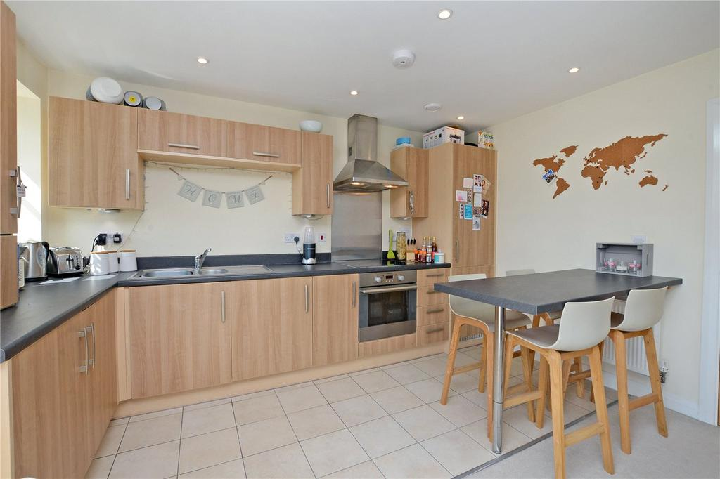 1 Bedroom Flat for sale in Mercury House, 4-8 Cheam Road, Epsom, Surrey, KT17