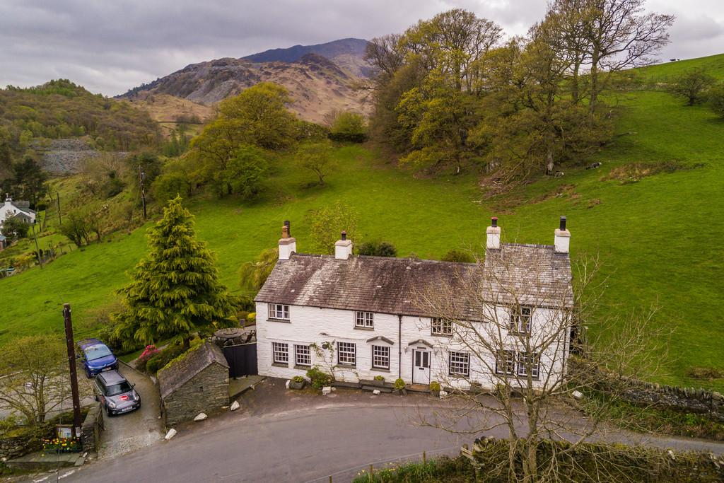 6 Bedrooms Cottage House for sale in Little Langdale