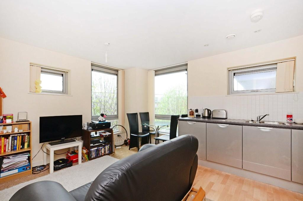1 Bedroom Apartment Flat for sale in Anchor Point, 323 Bramall Lane, Sheffield, S2 4RQ