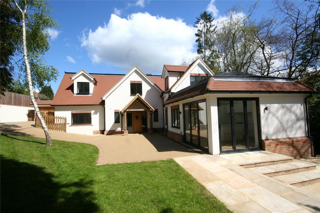 5 Bedrooms Detached House for sale in Beeches Drive, Farnham Common, Buckinghamshire