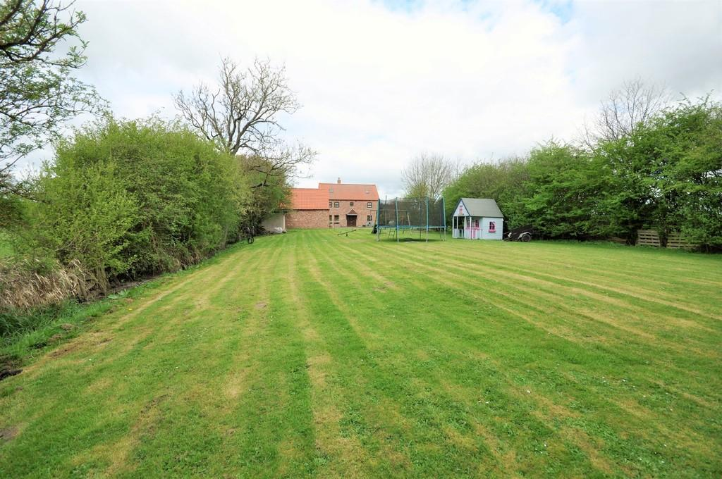 5 Bedrooms Cottage House for sale in Mawson Green Lane, Sykehouse, Goole