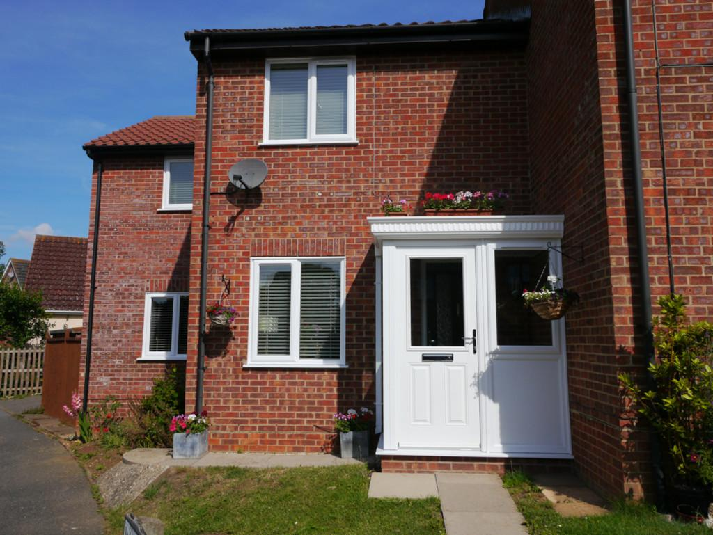 3 Bedrooms End Of Terrace House for sale in Warene Close, Framlingham