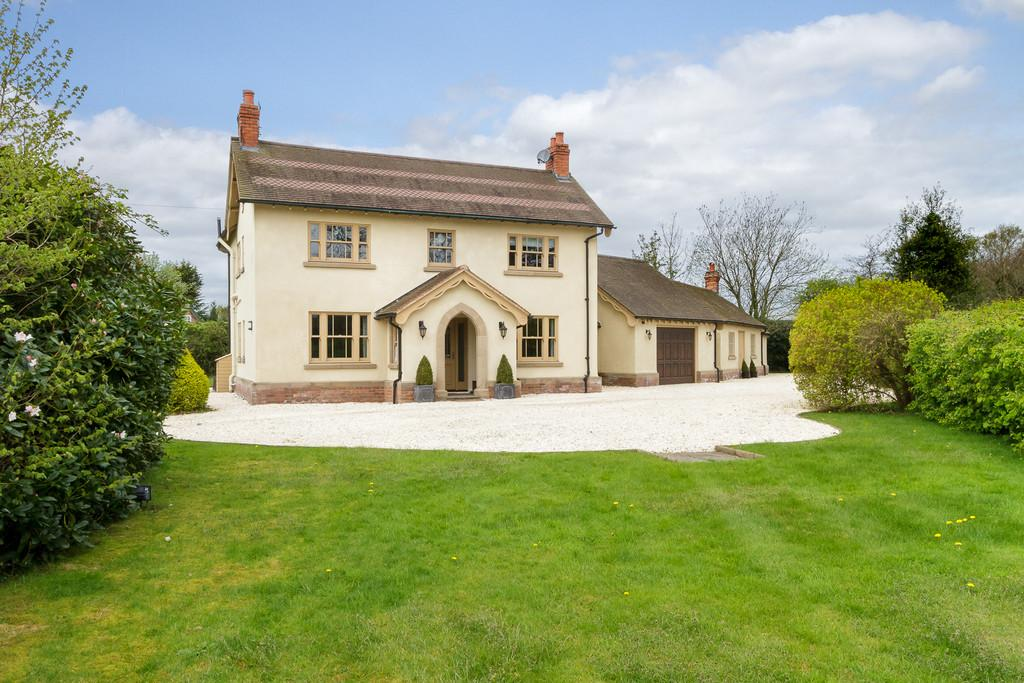4 Bedrooms Detached House for sale in Burland, Cheshire