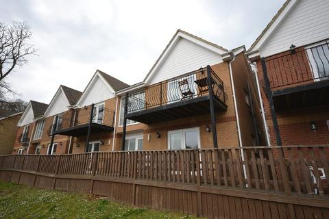 2 bedroom apartment to rent - Mottistone, Creek Gardens