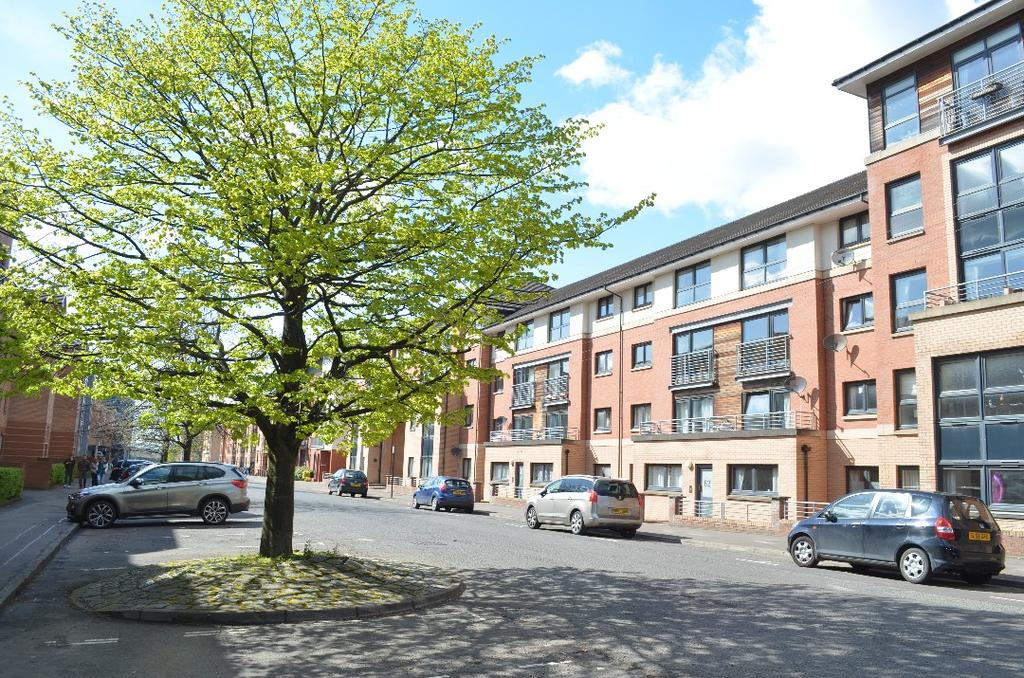2 Bedrooms Flat for sale in Kelvinhaugh Street , Flat 2/1, Yorkhill, Glasgow, G3 8PW