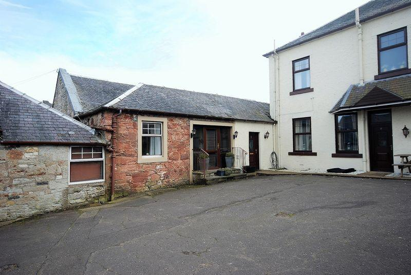 3 Bedrooms Barn Conversion Character Property for sale in 6 Fardalehill Courtyard, Kilmarnock, KA2 0DX