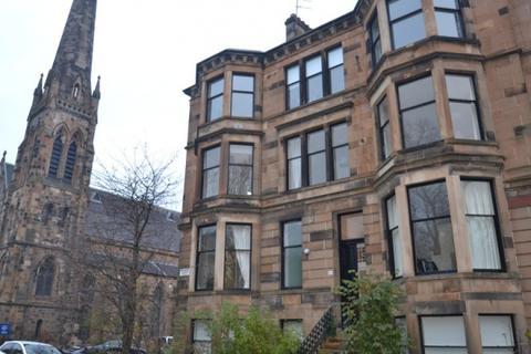 3 bedroom flat to rent - Albert Avenue,  Queens Park, G42
