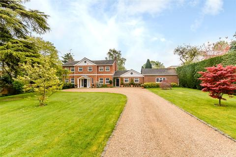 4 bedroom detached house to rent - Woodlands Road, Harpsden, Henley-on-Thames, Oxfordshire, RG9