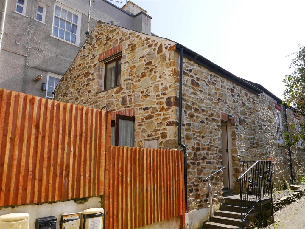 2 Bedrooms Terraced House for sale in Truro
