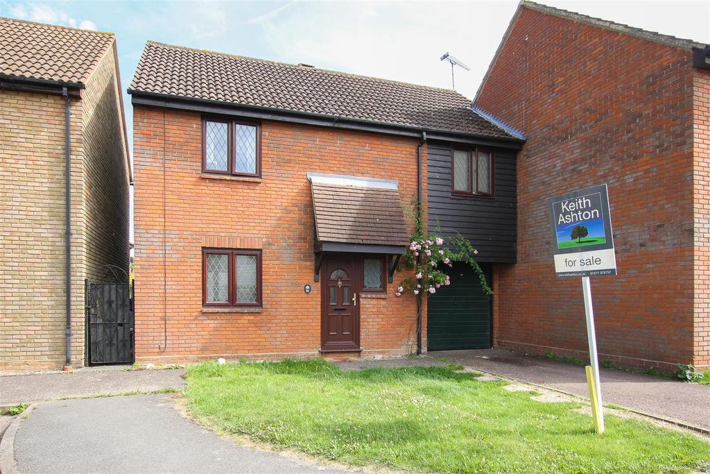 3 Bedrooms Semi Detached House for sale in Kelvedon Hatch