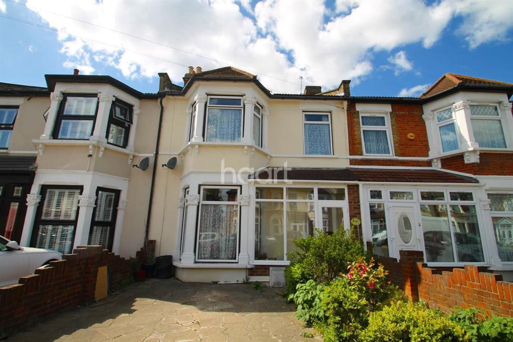 3 Bedrooms Terraced House for sale in Pembroke Road, Ilford, Essex
