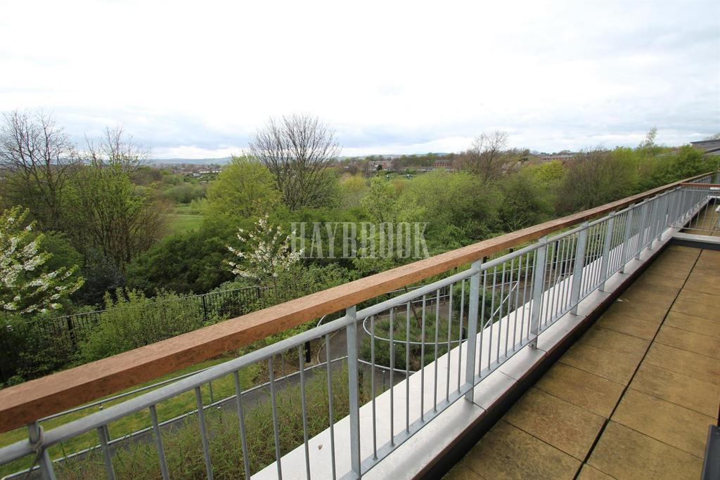 2 Bedrooms Flat for sale in Lavender Way, Wincobank