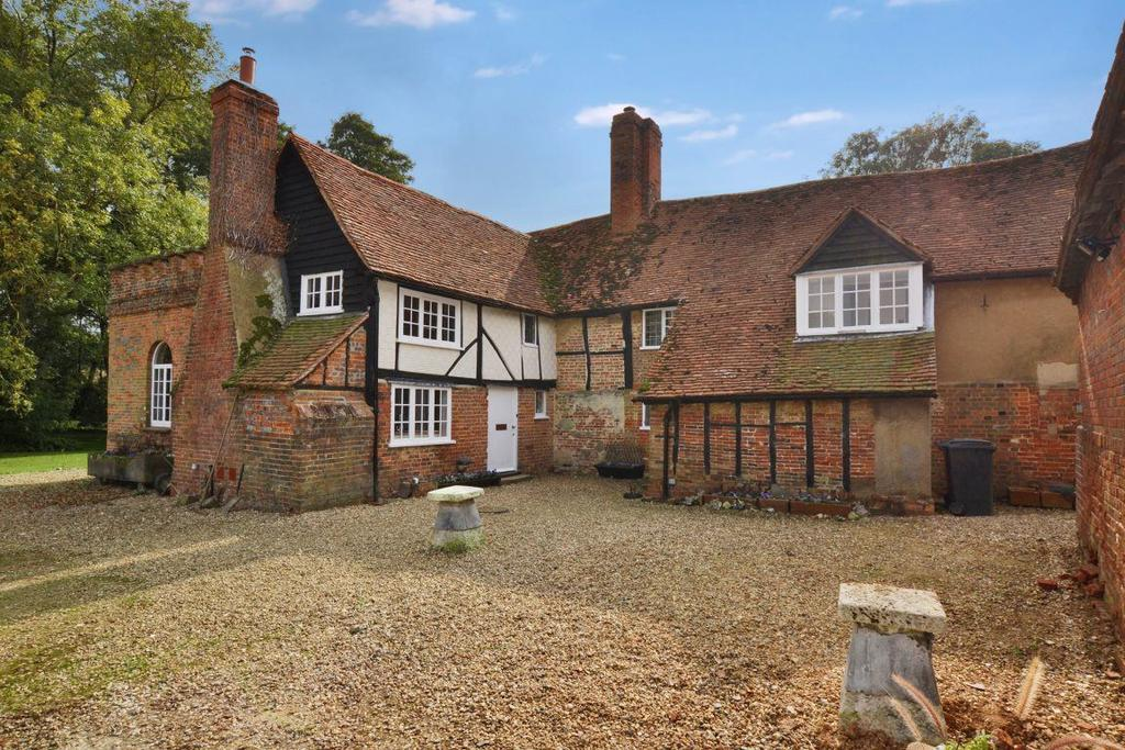 Rye End Codicote Hertfordshire 3 Bed Detached House 163
