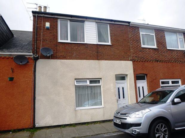 3 Bedrooms Terraced House for sale in LONDONDERRY STREET, SILKSWORTH, SUNDERLAND SOUTH