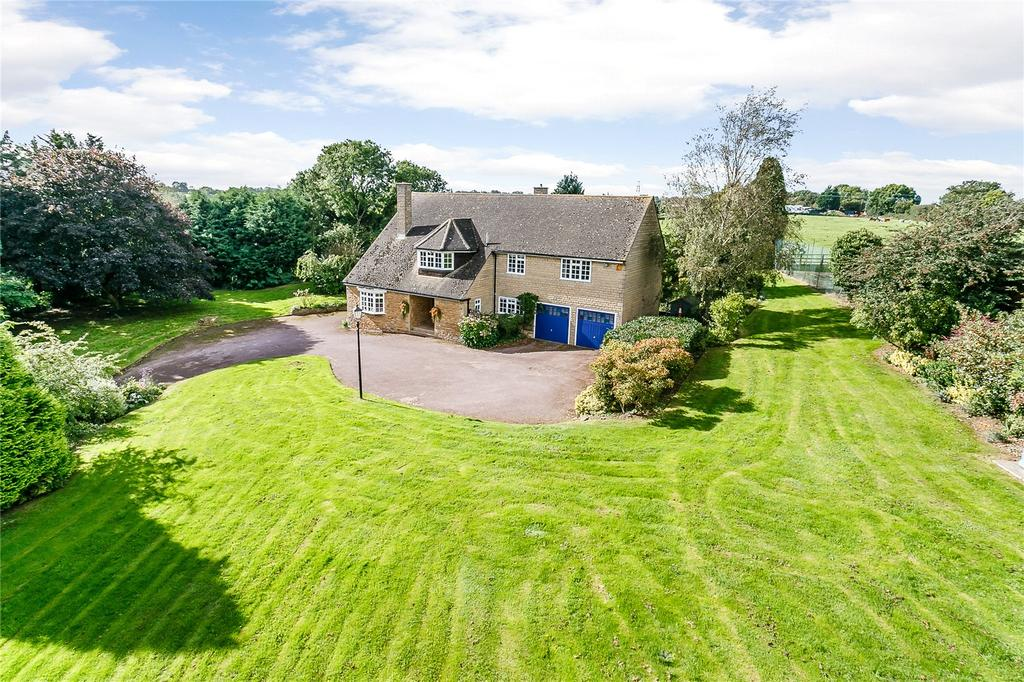 4 Bedrooms Detached House for sale in Main Street, Bisbrooke, Oakham, Rutland