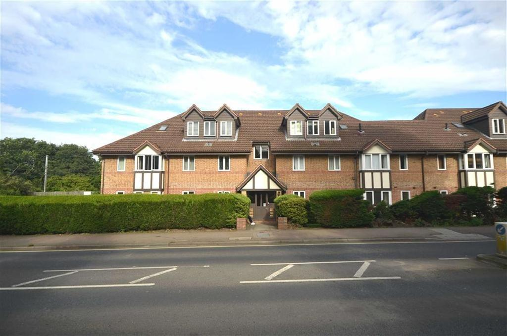 2 Bedrooms Flat for sale in Watling Street, Radlett