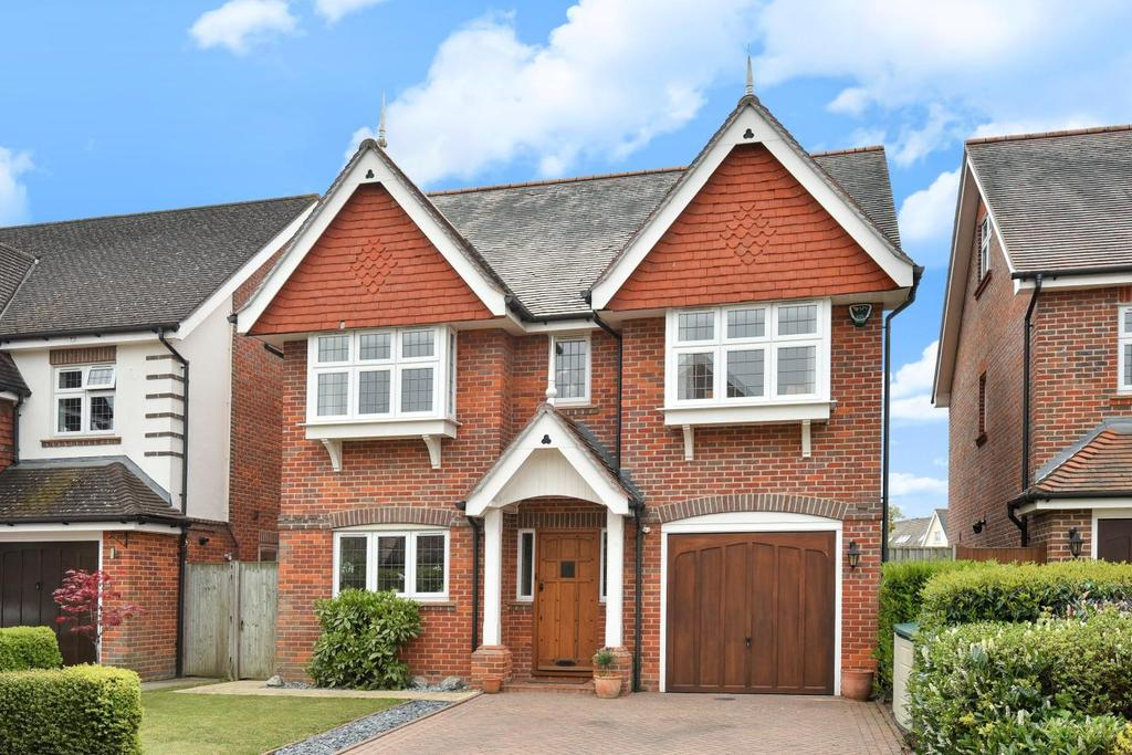 6 Bedrooms Detached House for sale in Wagtail Walk, Beckenham, BR3
