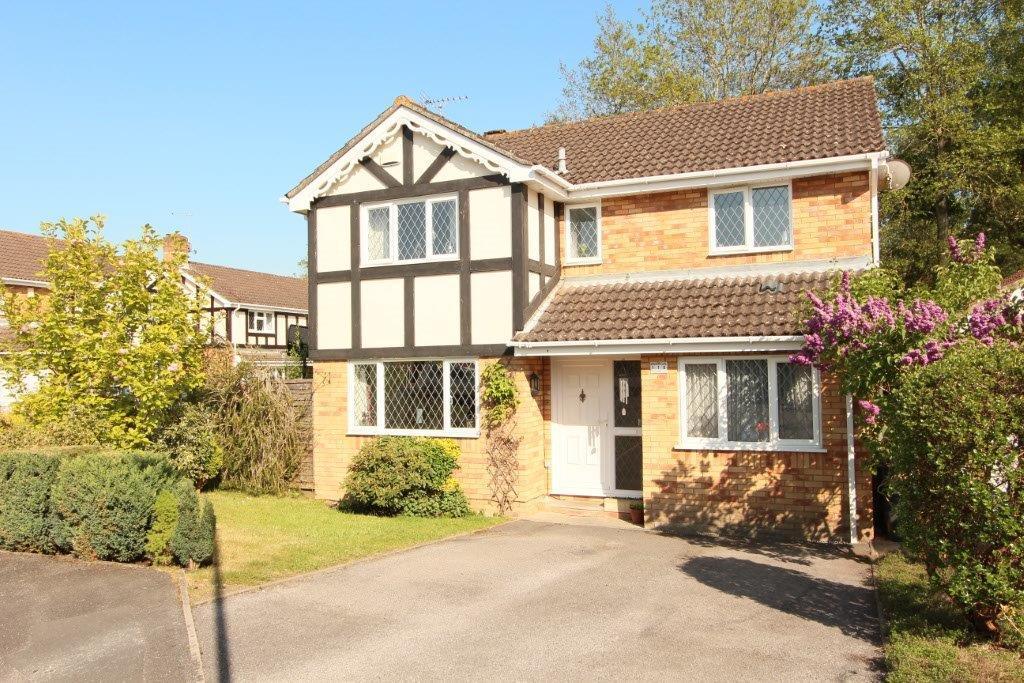 4 Bedrooms Detached House for sale in Missenden Acres, Grange Park SO30