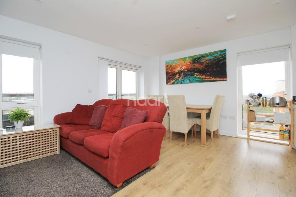 1 Bedroom Flat for sale in Ridge Place, Orpington