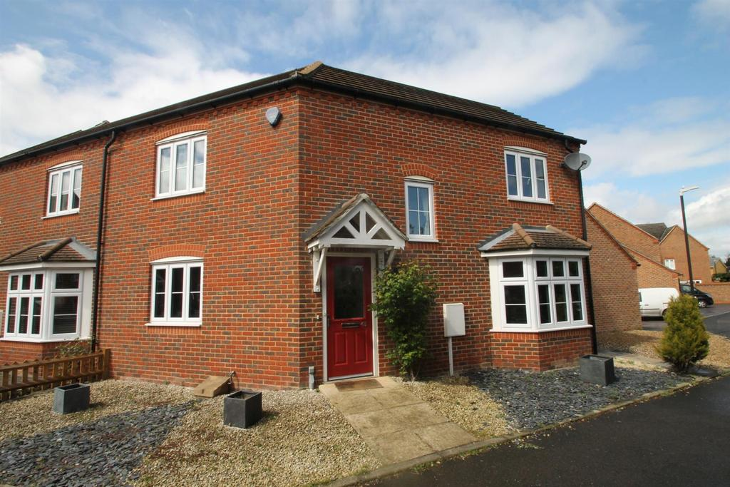 3 Bedrooms End Of Terrace House for sale in Brampton Field, Ditton, Aylesford