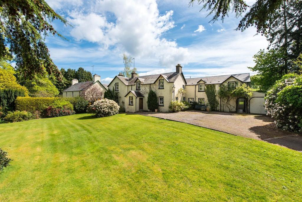 5 Bedrooms Detached House for sale in Burnbank, 33 South Street, Newtyle, Blairgowrie, Angus, PH12