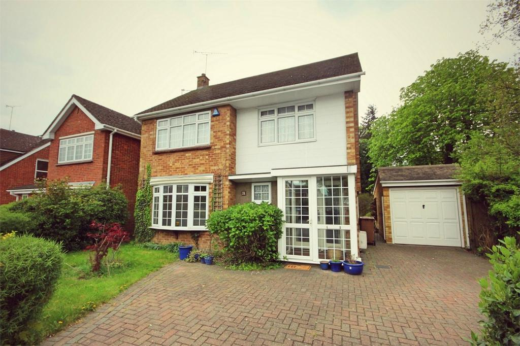 4 Bedrooms Detached House for sale in Bodmin Road, CHELMSFORD, Essex