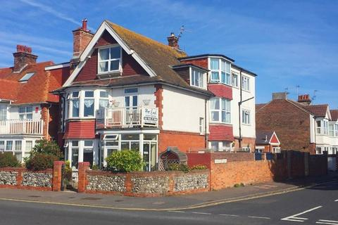 Guest house for sale - Far End, Royal Parade, Eastbourne, BN22