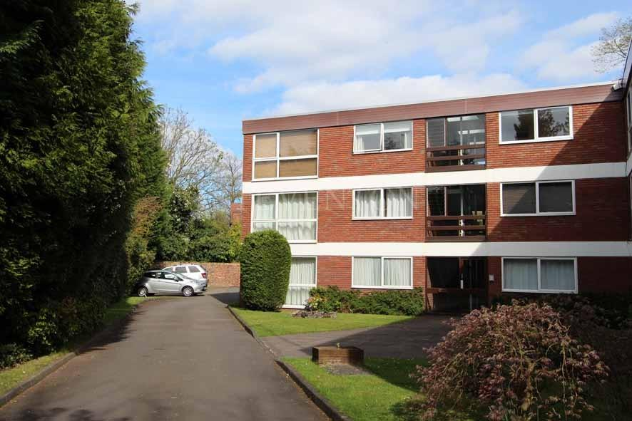2 Bedrooms Apartment Flat for sale in Sheringham Court, Winslow Drive, Wolverhampton