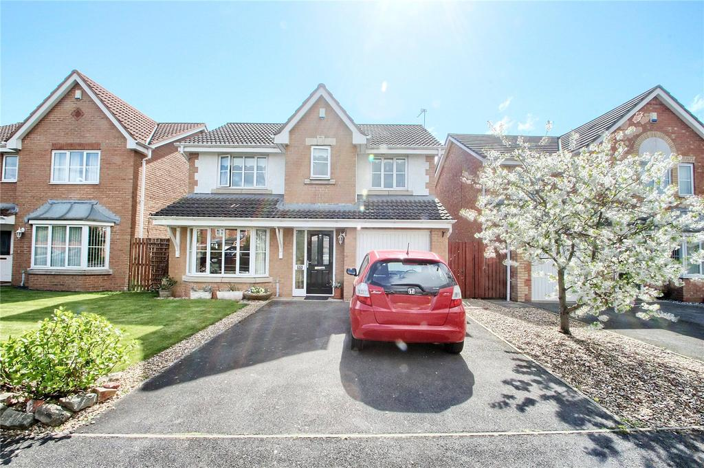 4 Bedrooms Detached House for sale in West End Way, Low Hartburn